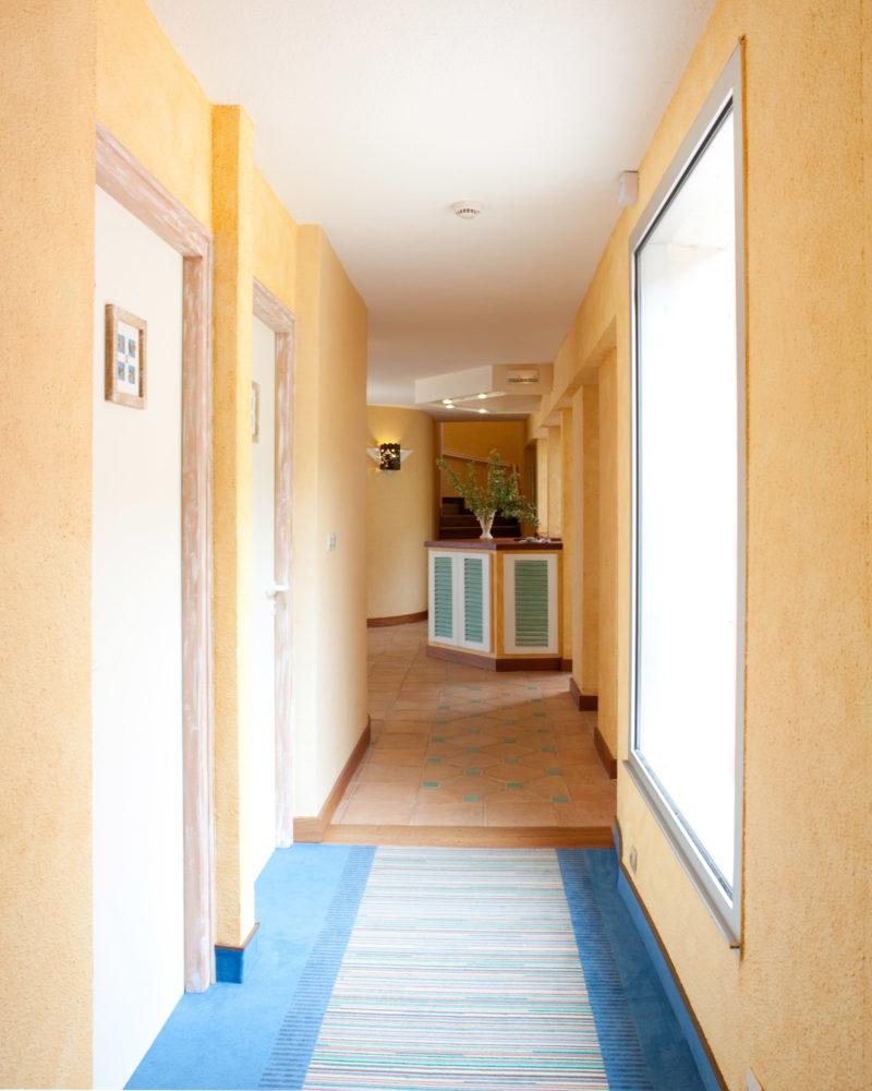 hotel-couloir